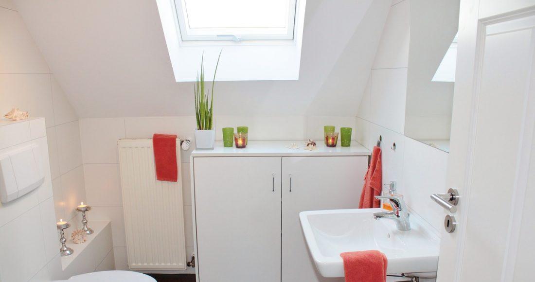 Handige Indeling Badkamer : Badkamer op zolder tips waarop te letten bij bad op zolder maken